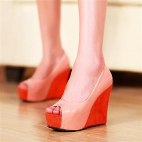 甜美亮皮防水台破跟高跟鞋