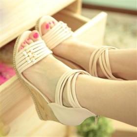 夏季新款女鞋坡跟凉鞋波西米亚防水台罗马高跟凉鞋