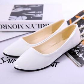 2015新款韩版平跟女单鞋牛漆皮圆头坡跟单鞋工作鞋