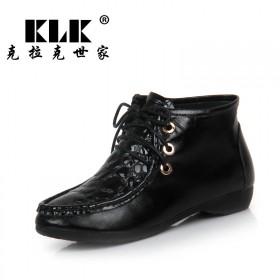 克拉克世家女鞋春秋高帮鞋牛皮漆皮拼接个性鞋时尚单鞋