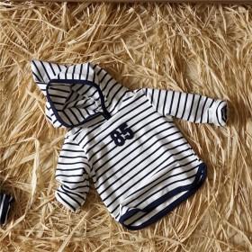 秋款童装 韩版新款儿童条纹外套 数字连帽上衣