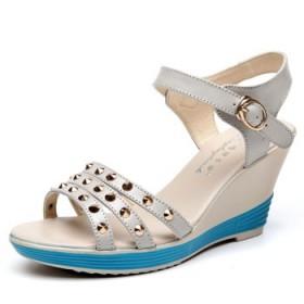真皮马铆钉配饰凉鞋 真皮女鞋 坡跟高跟韩版女凉鞋