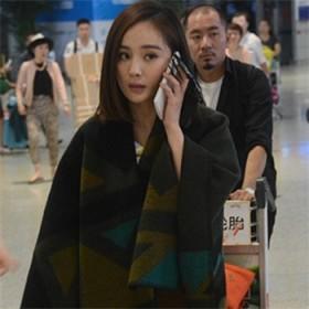 韩版大披肩外套两用加厚学生羊绒围巾