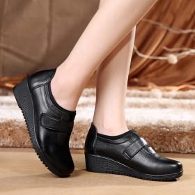 秋季新款真皮软底妈妈单鞋