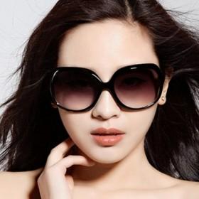 经典款女士太阳镜 潮流墨镜 大框时尚百搭太阳眼
