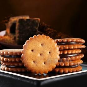 台湾原装进口尚发黑糖麦芽夹心饼干380g焦糖夹心饼