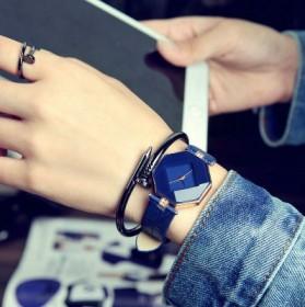 韩版简约可爱女生学生小表盘手表小巧迷你现代文艺女表