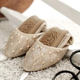 蛋卷女鞋单鞋平底平跟尖头新春秋软底铆钉韩女鞋