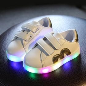 1-6岁儿童板鞋发光鞋
