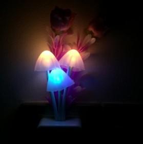 创意夜灯蘑菇夜灯七彩床头灯孕妇婴儿卧室灯