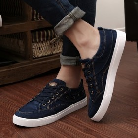 流行男鞋简约时尚透气轻便透气牛仔帆布鞋百搭学生鞋