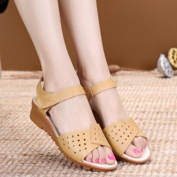 夏季真皮软底女凉鞋沙滩鞋
