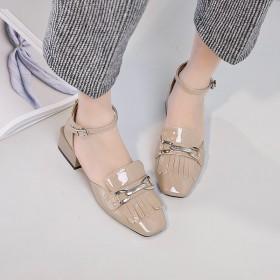 新款粗跟凉鞋女夏时尚流苏学生单鞋英伦中跟漆皮包头鞋