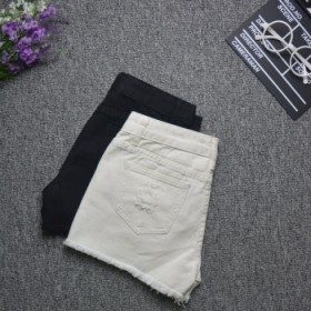 新款毛边破洞牛仔短裤女夏季