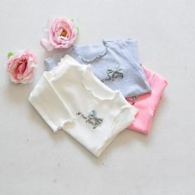 欧美童装女童T恤 中小童木耳边字母蝴蝶结打底衫