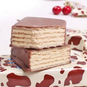 俄罗斯进口零食POHHN小牛大奶牛巧克力威化饼干