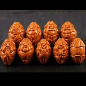 橄榄核雕刻南工名家八方来财手串 橄榄胡八大财神手链