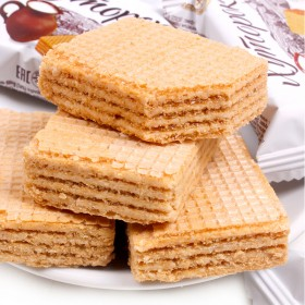 俄罗斯进口小农庄奶罐鲜奶芝士威化饼干500克零食品