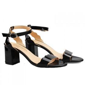 2017夏季新款一字扣带凉鞋女露趾中粗跟羊皮高跟鞋