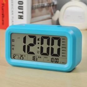 新款语音报时聪明钟3组闹钟夜光静音创意时尚电子钟床