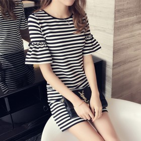 条纹连衣裙夏装新款韩版圆领修身显瘦喇叭袖女中长款