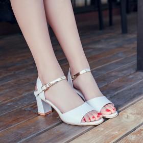小清新凉鞋女鱼嘴中跟简约时尚女鞋(五星好评返现)