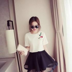 时尚甜美宽松小清新圆领小蜜蜂樱桃刺绣短袖T恤