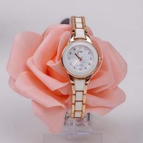 镶钻韩版时尚潮流新款石英表女士手表