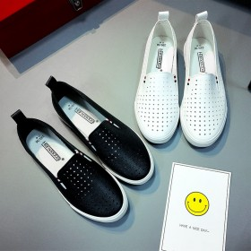 夏季透气小白鞋女新款镂空单鞋一脚蹬女鞋韩版休闲鞋