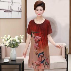 新款连衣裙40-50岁 时尚妈妈夏季短袖宽松雪纺裙