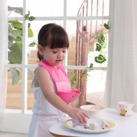 软胶防水婴幼儿围嘴儿童食饭兜口水巾