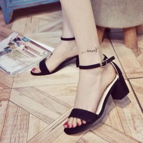 韩版新品粗跟一字扣凉鞋时尚百搭中跟显脚廋女鞋