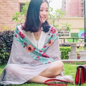 夏季防晒超大沙滩巾披肩围巾女薄款棉麻丝巾遮阳薄纱巾