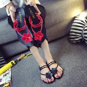 夹趾拖鞋时尚女拖鞋夏可两穿的拖鞋花朵夹趾