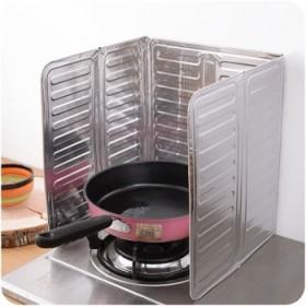 两个装 煤气灶台挡油板隔油铝箔炒菜隔热