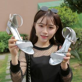 女凉鞋2018新款夏韩版时尚百搭爆款中跟性感粗跟高