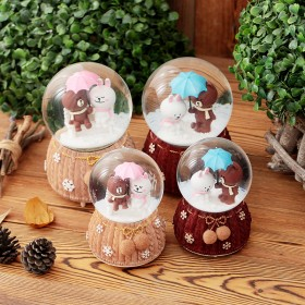 小号水晶球音乐盒布鲁熊飘雪发光八音盒情侣同学儿童生