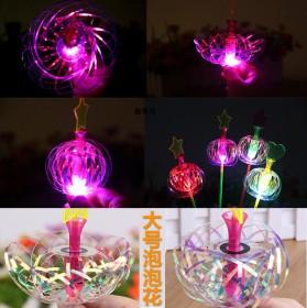 地摊夜市热卖发光儿童玩具新奇泡泡花led闪光荧光棒