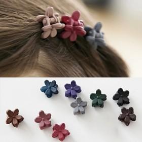 30个韩国儿童发饰品可爱小号磨砂花朵迷你发夹