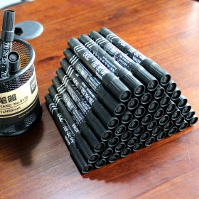 10支 油性不可擦记号笔大头笔快递物流笔加长墨水红