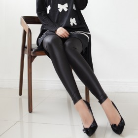 秋季簿款大码弹力修身黑色小脚裤