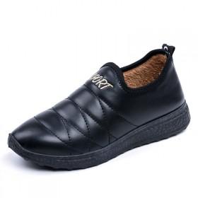 老北京布鞋冬季保暖棉女士防水加绒短靴防滑加厚平底