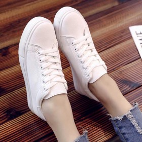 2018新款女士小白鞋春秋低帮平底板鞋学生女