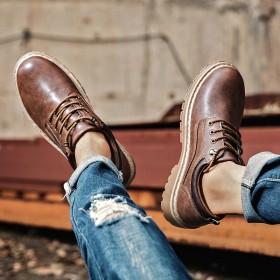 新款硬汉英伦风低帮时尚复古马丁工装鞋男士大头皮鞋闲