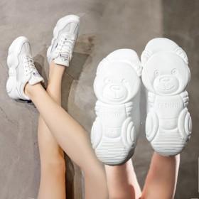 小白鞋女2019春季新款韩版透气运动鞋网红小熊鞋