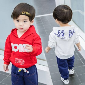 新款童装中小童宝宝春装上衣休闲运动连冒外套