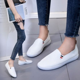 新款百搭小白鞋 乐福鞋平底皮面休闲懒人一脚蹬女鞋