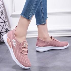 春季新款女单鞋跑步休闲舒适耐磨鞋软底防滑运动鞋