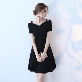 新款复古一字领连衣裙气质修身显瘦显高小个子短裙女