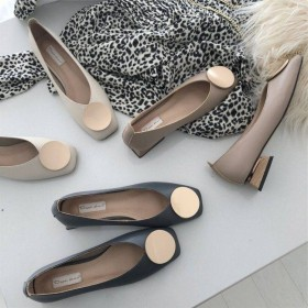 春夏2019单鞋复古软皮浅口方头金属圆扣粗跟单鞋